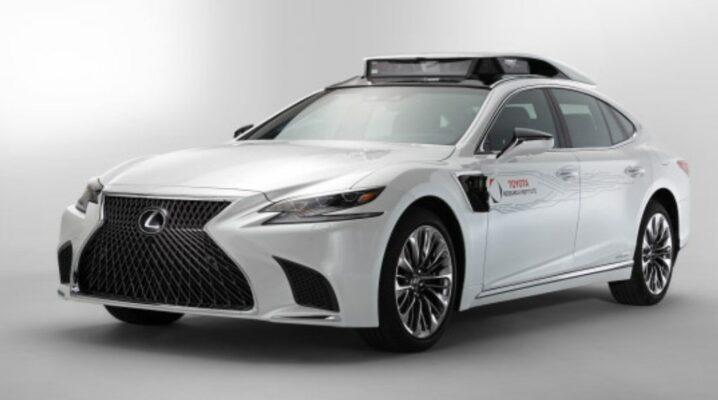 В Lexus LS500h установлена система P4